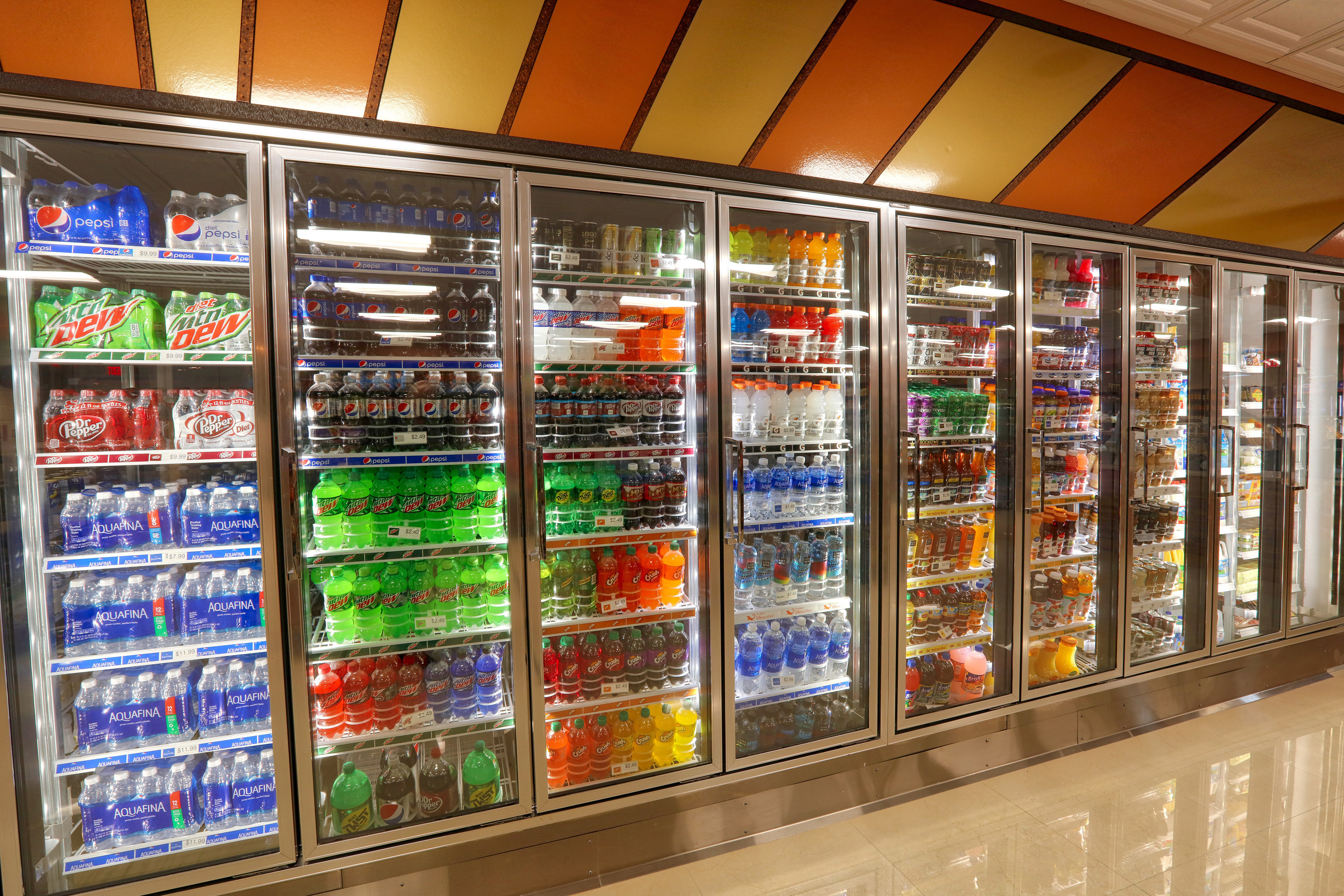 Cold Drinks in Marketplace Deli at hotel in Orlando, FL |  Westgate Lakes Resort & Spa | Westgate Resort