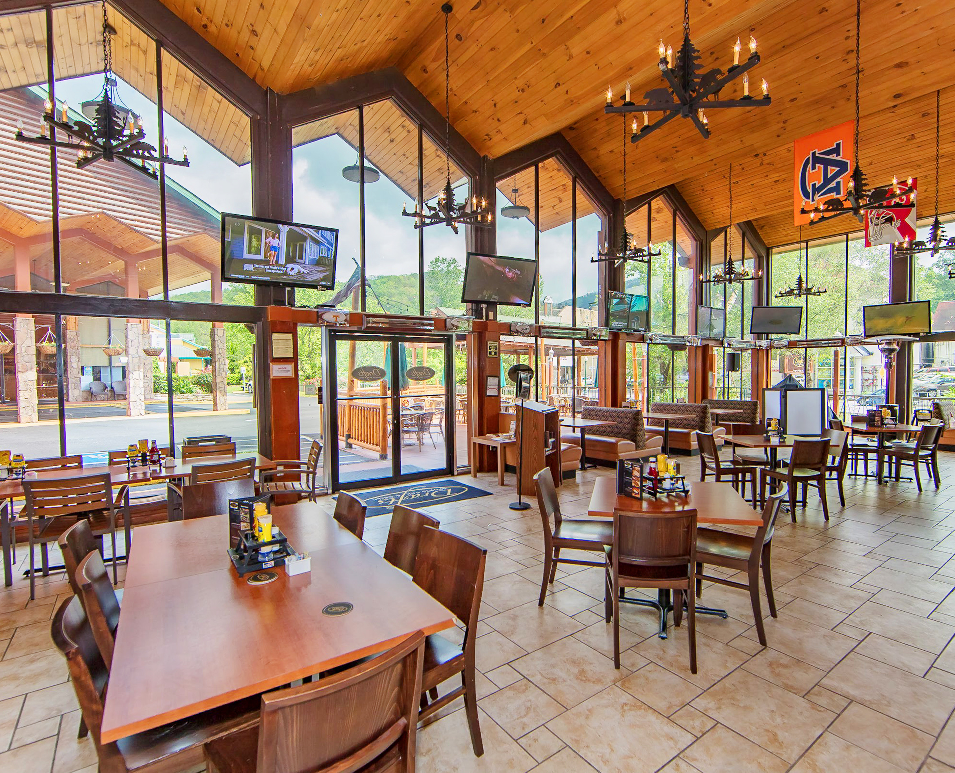 Inside Drafts Sports Grill at our Gatlinburg Convention Center Hotel | River Terrace Resort & Convention Center | Westgate Resorts