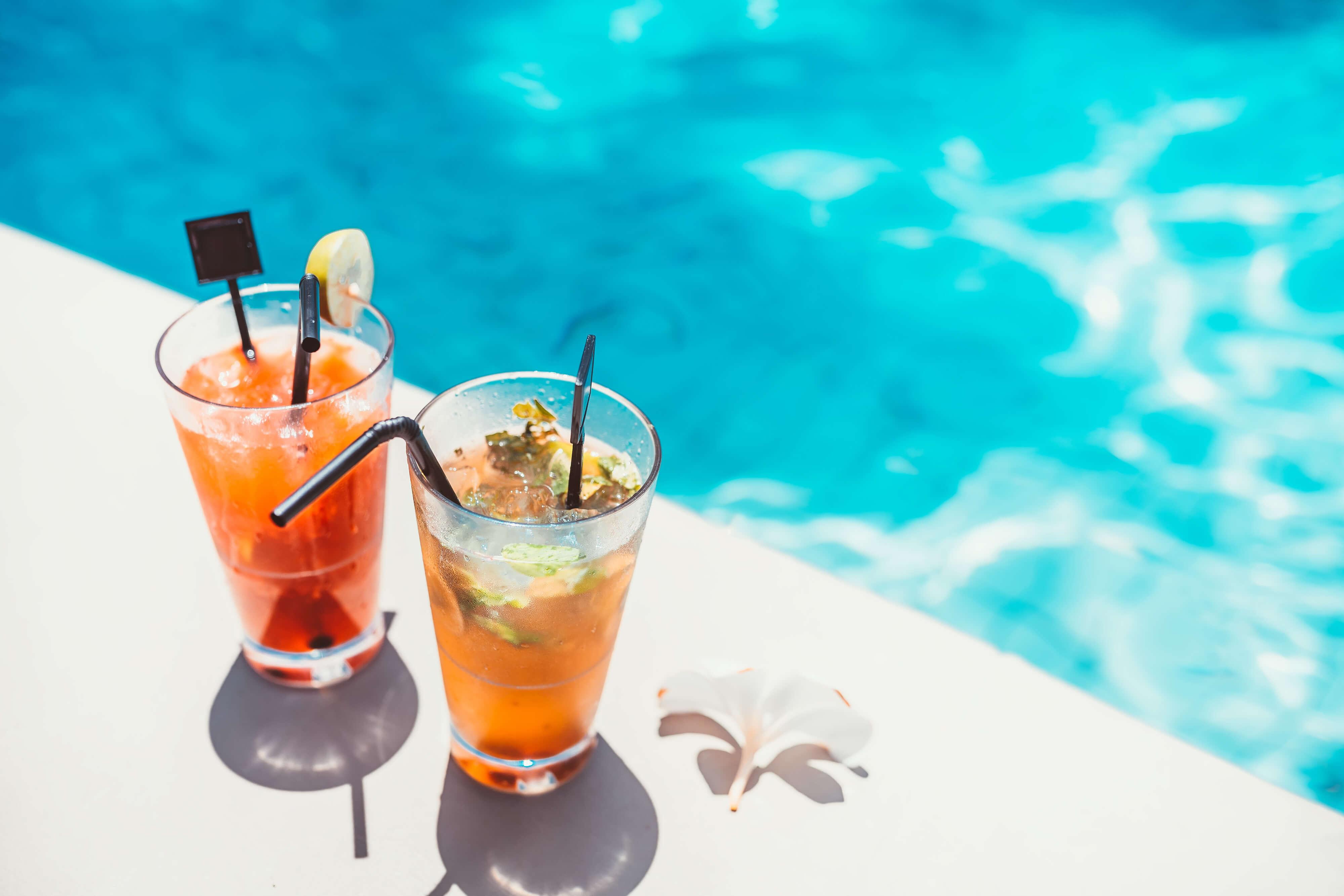 Pool Grill & Bar in Las Vegas, NV | Westgate Las Vegas Resort & Casino | Westgate Resorts