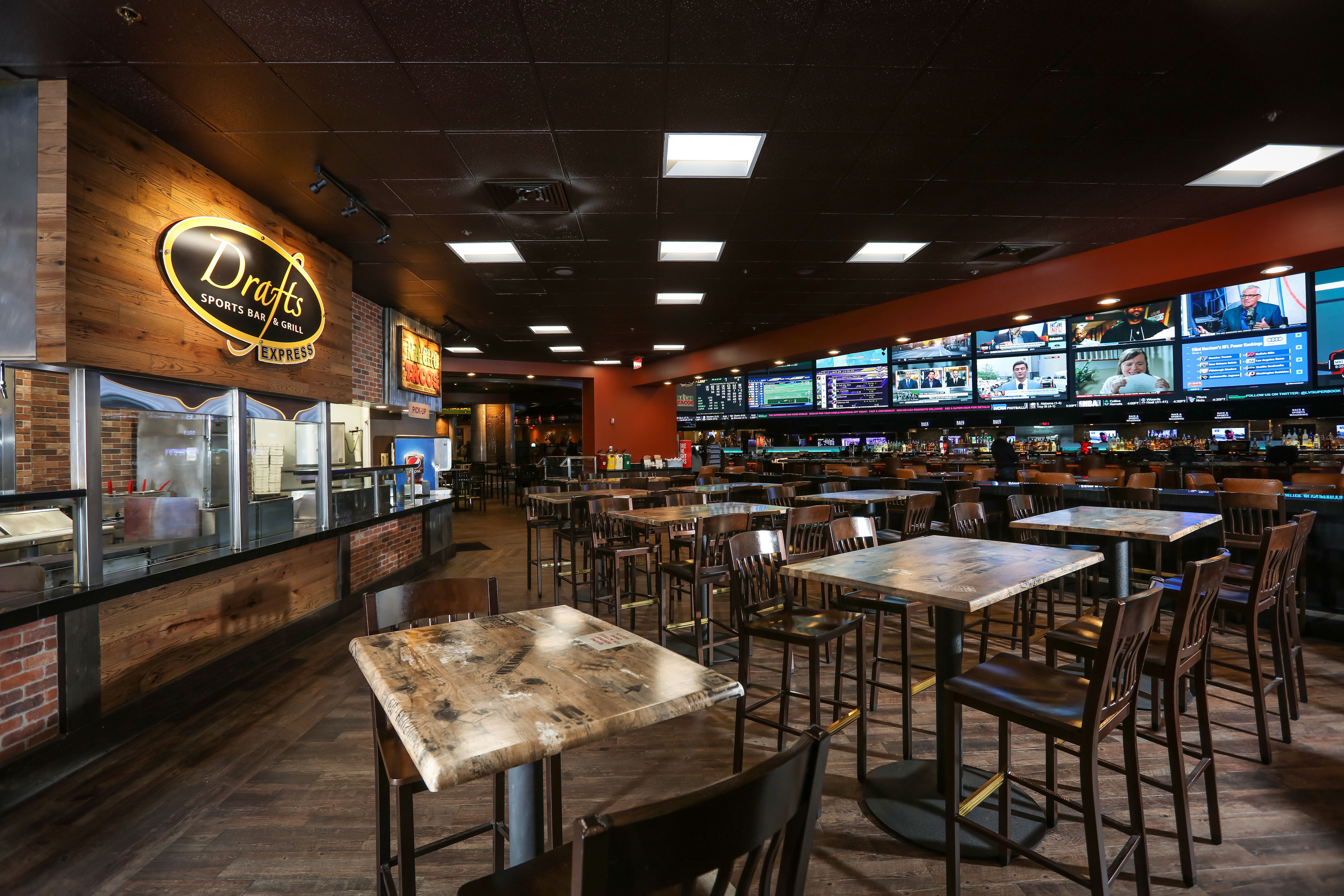 Drafts Sports Bar & Grill Express | Westgate Las Vegas Resort & Casino | Westgate Resorts