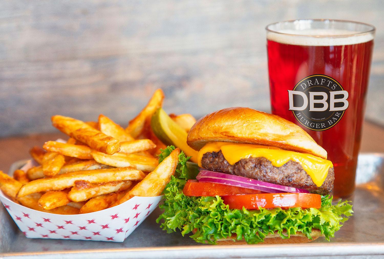 Hamburger Restaurant - Drafts at our Park City Resort in Utah   Westgate Park City Resort & Spa   Westgate Resorts