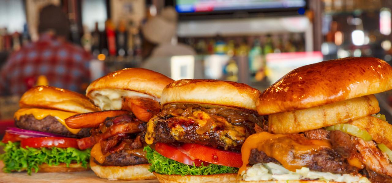 Drafts Burger Bar has the best hamburger in Park City Utah | Westgate Park City Resort & Spa | Westgate Resorts Dining