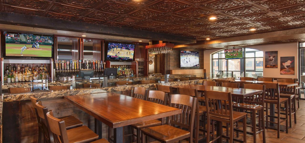 Drafts Burger Bar has the best restaurant in Park City Utah | Westgate Park City Resort & Spa | Westgate Resorts Dining