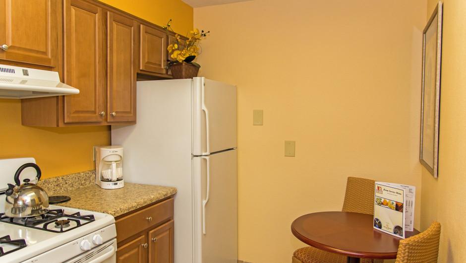 Kitchen in One Bedroom Villa at one of our leisure hotels near Seaworld Orlando FL | Westgate Leisure Resort | Westgate Resorts
