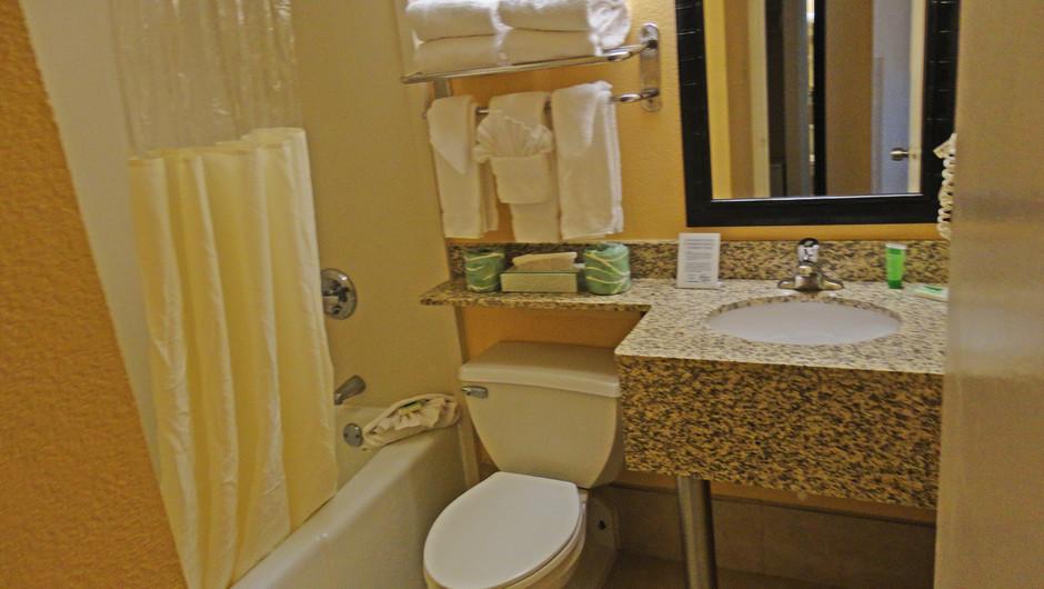 Bathroom in Double Amusement Park View | Westgate Myrtle Beach Oceanfront Resort | Westgate Resorts