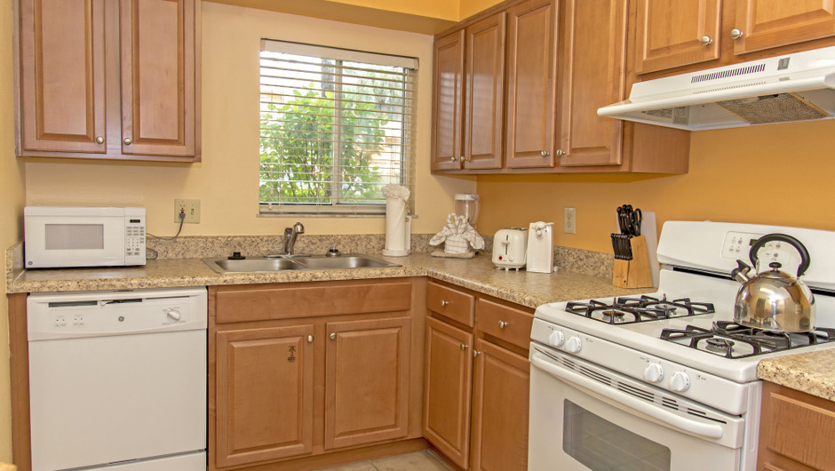 Kitchen in Two-Bedroom Villa at one of our leisure resorts near Seaworld Orlando FL | Westgate Leisure Resort | Westgate Resorts