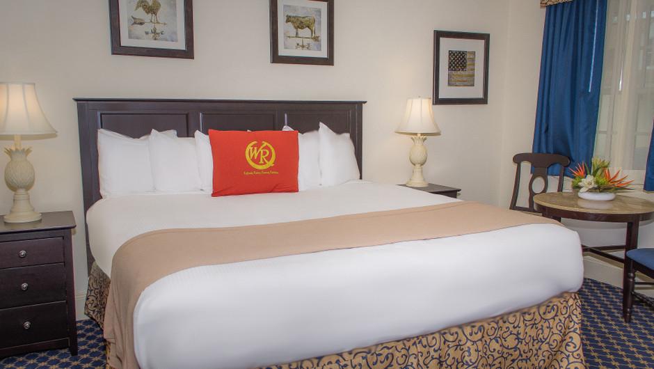 Colonial Guestroom at our resorts in Williamsburg VA | Westgate Historic Williamsburg Resort | Westgate Resorts