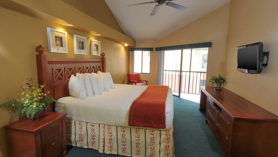 Two-Bedroom Villa with Loft Bedroom with King Bed | Westgate Vacation Villas Resort & Spa | Orlando, FL | Westgate Resorts