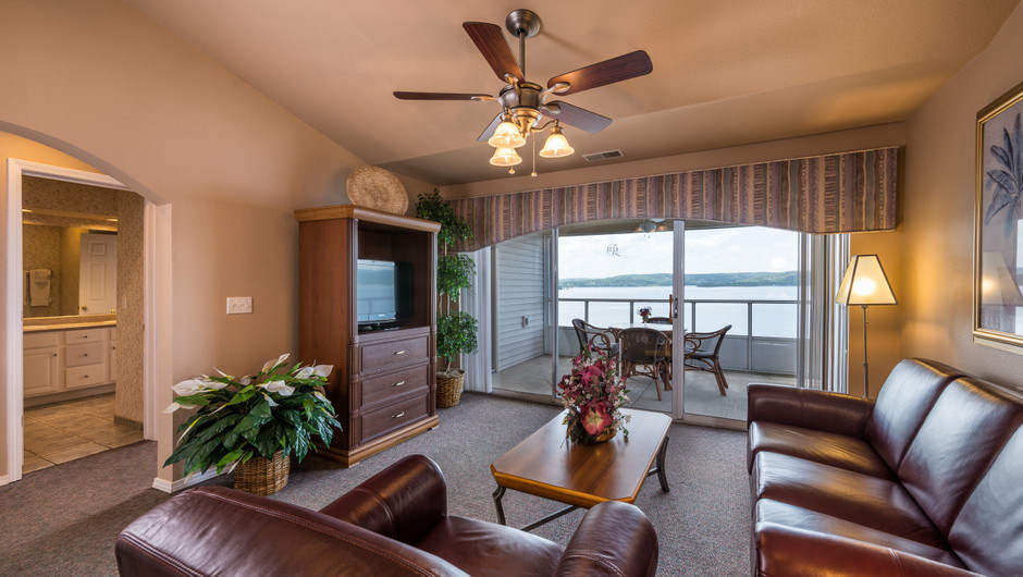 Two Bedroom Lake View Deluxe Villa at the resorts in Missouri | Westgate Branson Lakes Resort | Westgate Resorts