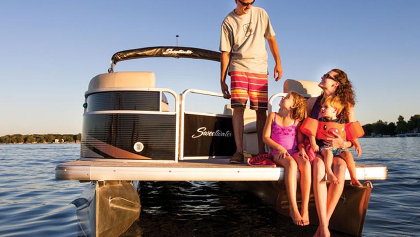 Boat Rentals Near Orlando, FL |  Westgate River Ranch Resort & Rodeo | Westgate Resorts