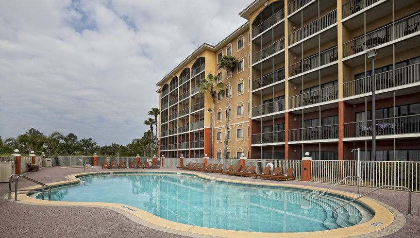 Pool near Disney Orlando at our Orlando resorts | Westgate Towers Resort | Westgate Resorts