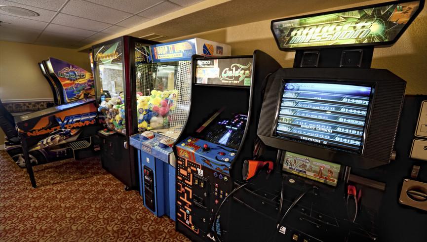 Game room near Disney Orlando at our Orlando resorts | Westgate Towers Resort | Westgate Resorts