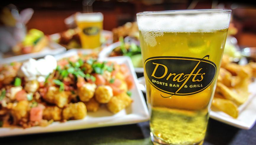 Drafts Sports Bar in Myrtle Beach SC | Westgate Myrtle Beach Oceanfront Resort | Westgate Resorts