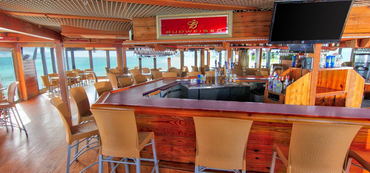 Pelican S Bar Grill