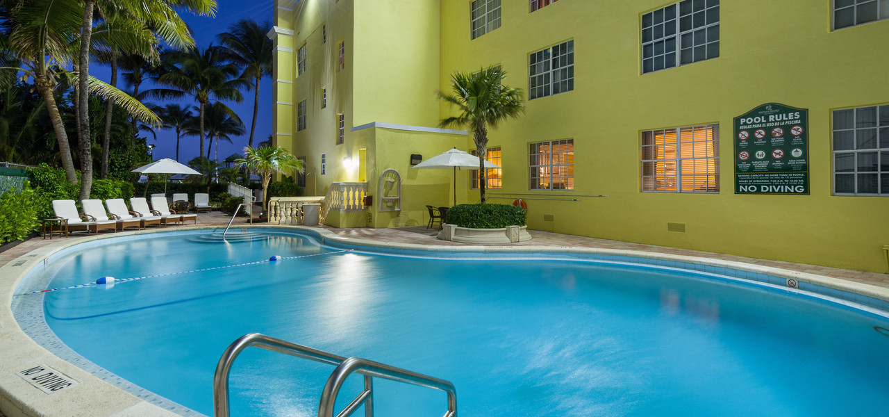 Pool at our Miami Beach oceanfront hotels | Westgate South Beach Oceanfront Resort | Westgate Resorts