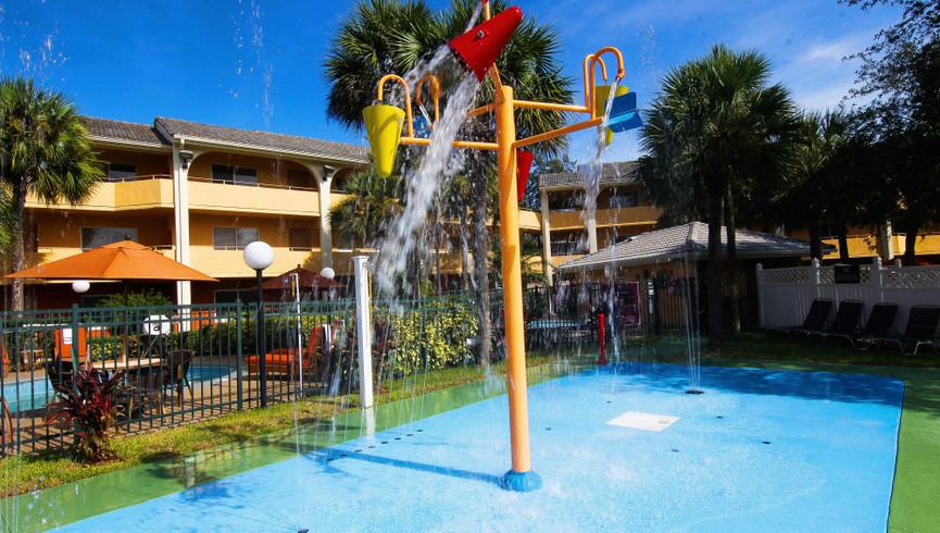 Splash Pad at one of our leisure hotels close to Seaworld Orlando FL   Westgate Leisure Resort   Westgate Resorts