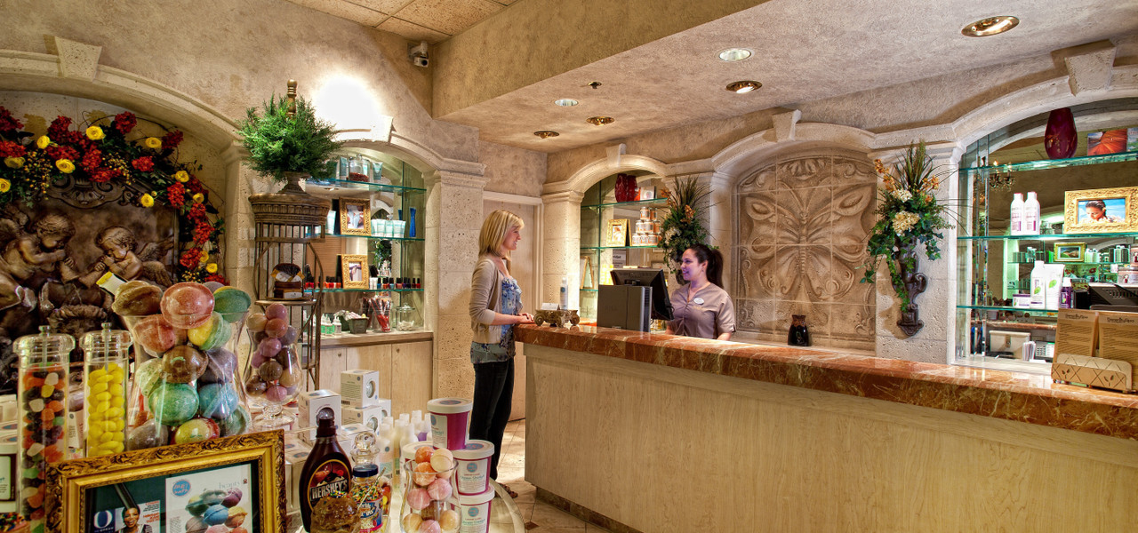 Women at Serenity Spa in our Orlando Florida Resort | Westgate Lakes Resort & Spa | Westgate Resort