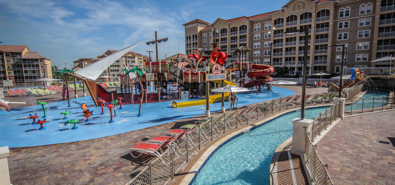 Orlando hotels with water parks & lazy river attractions | Lazy River - Ship Wreck Island Water Park | Westgate Villas Resort & Spa