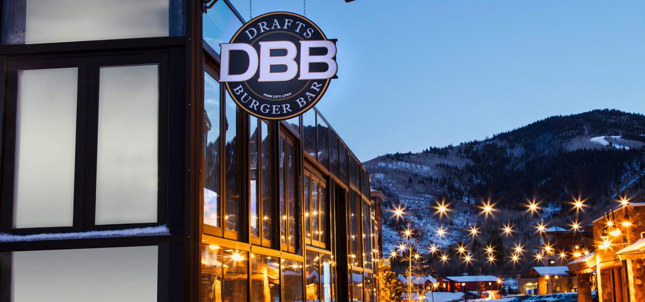 Drafts Burger Bar has the best hamburgers in Park City Utah | Westgate Park City Resort & Spa | Westgate Resorts Dining