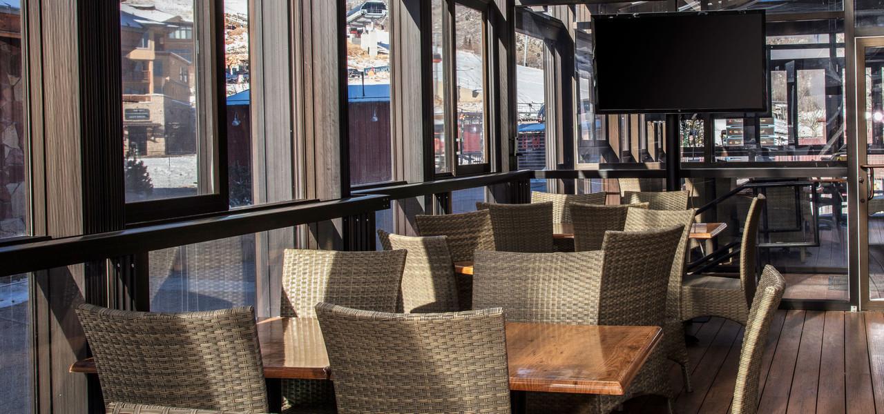 Restaurant Seating at Drafts Burger Bar in Park City Utah | Westgate Park City Resort & Spa | Westgate Resorts Dining