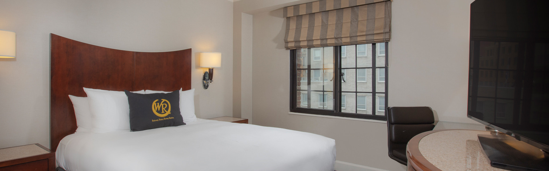Signature One Bedroom Queen Suite | Westgate New York Grand Central | New York Hotel SuitesNear Grand Central Station