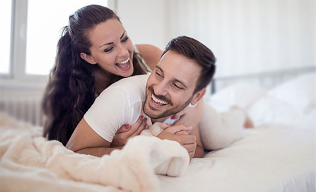 Couple at Our Midtown Manhattan Hotels | Hotels Near Midtown East | Westgate New York City