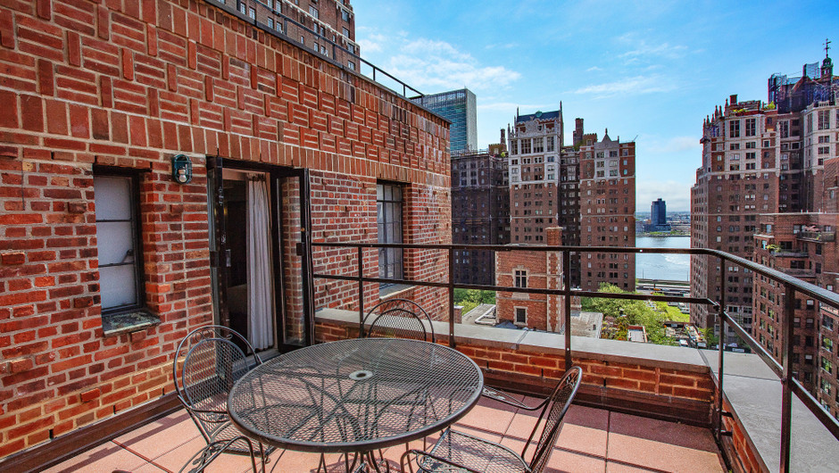 View from Signature King Balcony Guestroom on Midtown Manhattan East | Westgate New York City | New York Hotel Rooms