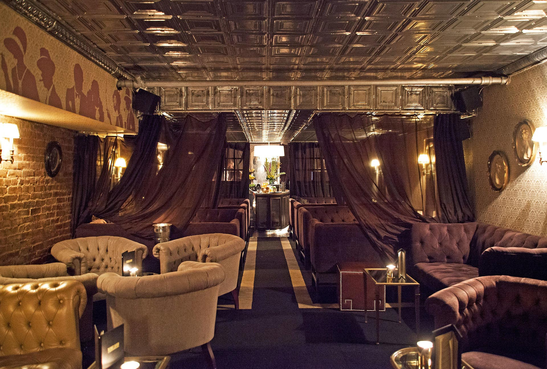 The 6 Best Rooftop Bars Midtown East New York City Has To Offer ...