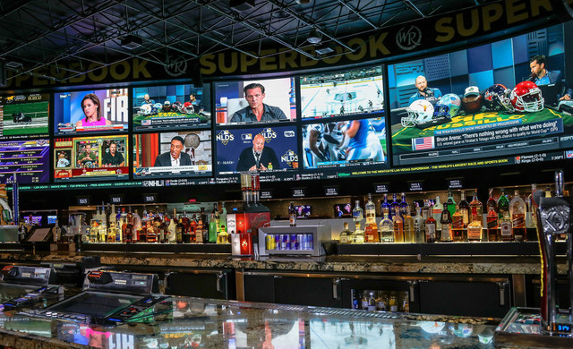 SuperBook Bar in Las Vegas, NV | Westgate Las Vegas Resort & Casino | Westgate Resorts