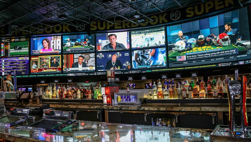 SuperBook Bar in Las Vegas, NV | Westgate Las Vegas Resort & Casino | Westgate Resorts