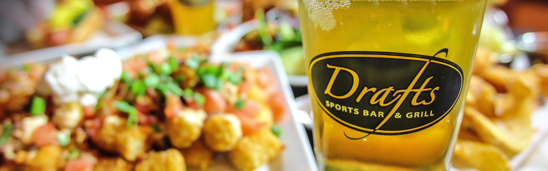 Drafts Sports Bar and Grill in Orlando, FL | Orlando Sports Bars | Westgate Lakes Resort & Spa
