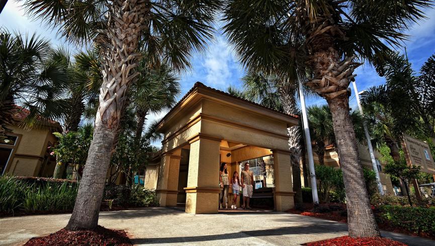 Entrance at our Lake Buena Vista Florida Resorts | Westgate Blue Tree Resort Lake Buena Vista | Resorts Near Sea World, Orlando, FL 32836