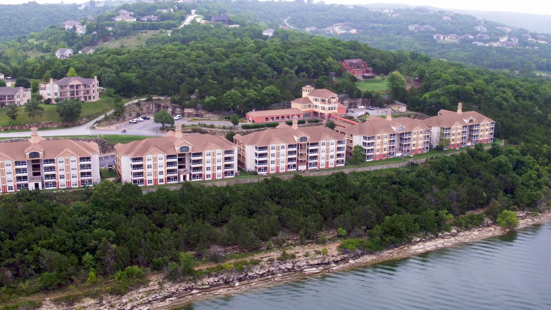The gem of Table Rock Lake, Westgate Branson Lakes Resort features spacious accommodations and abundant onsite amenities near Branson, Missouri's best shows & attractions. Choose from spacious One or Two Bedrooms, just minutes from Branson's outdoor recreational opportunities.