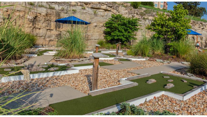 Mini golf at our family resorts in Missouri   Westgate Branson Lakes Resort   Westgate Resorts