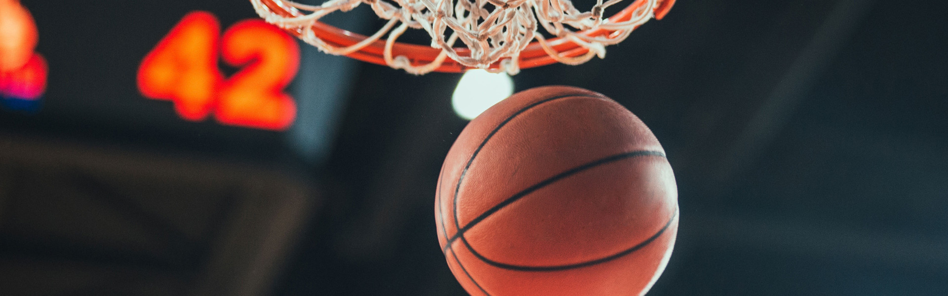 Traveling to Las Vegas for March Madness? Enjoy college hoops action on giant HD screens in a smoke-free environment.