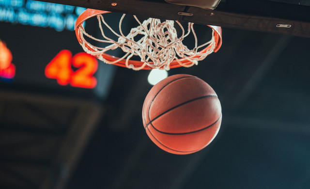 March basketball specials for restaurants in the Orlando area - Drafts Sports Bar & Grill