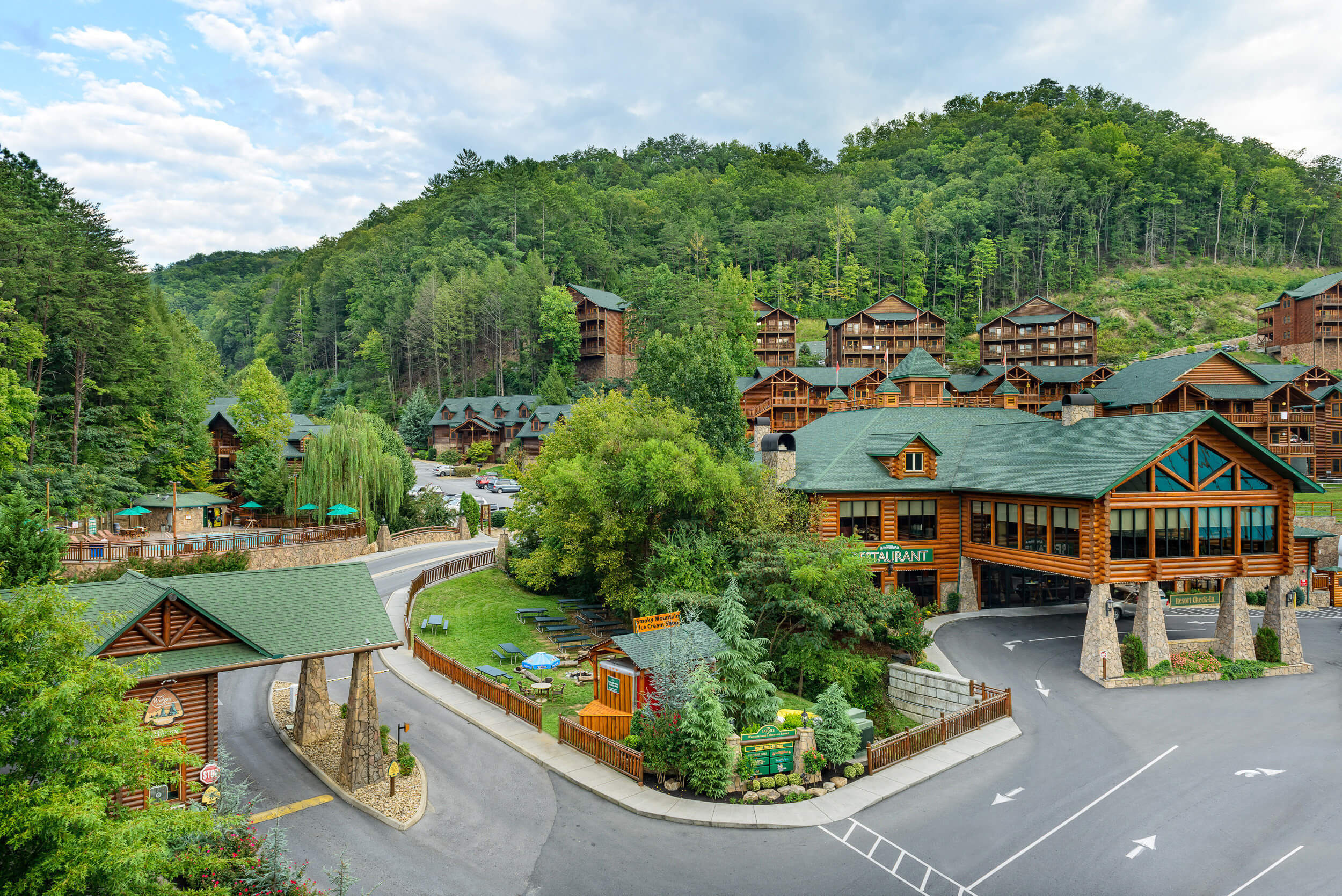 Westgate Smoky Mountain Resort Amp Spa Tennessee Area Hotels