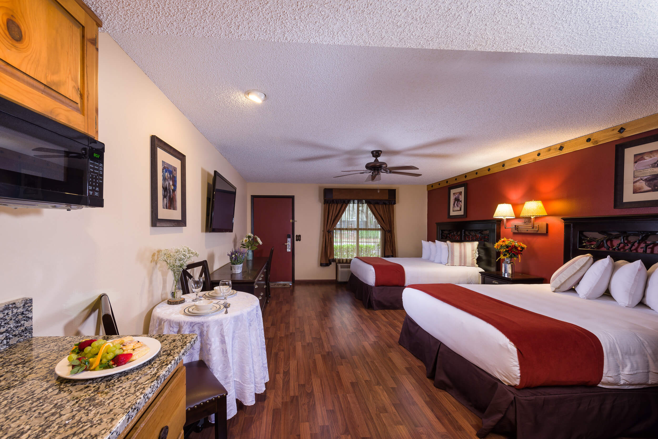 Deluxe Lodge Suite with Two Queen Beds | Westgate River Ranch Resort & Rodeo