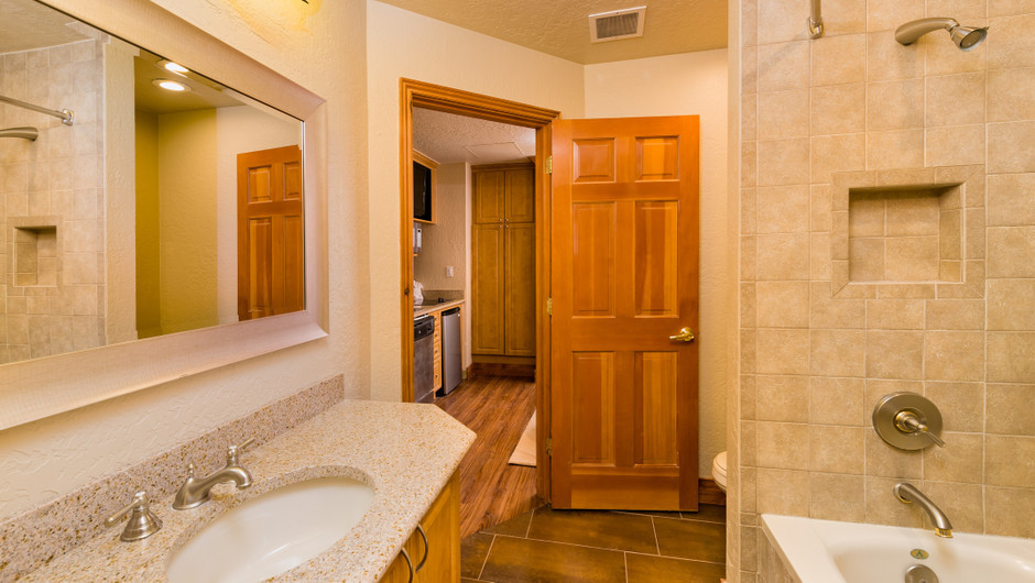 Bathroom at our Park City Ski Resort in Utah | Westgate Park City Resort & Spa | Westgate Resorts