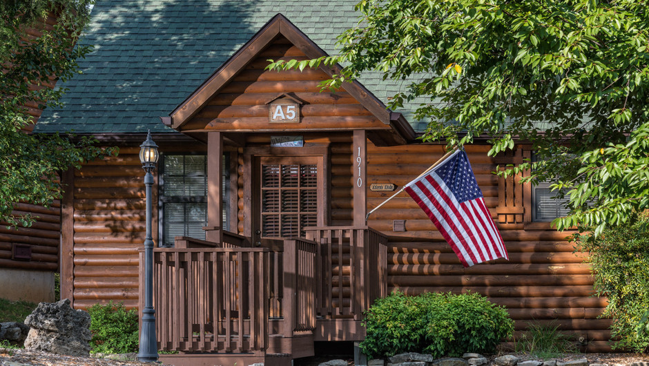 Outside One-Bedroom Cabins in Branson MO | Westgate Branson Woods Resort | Westgate Resorts