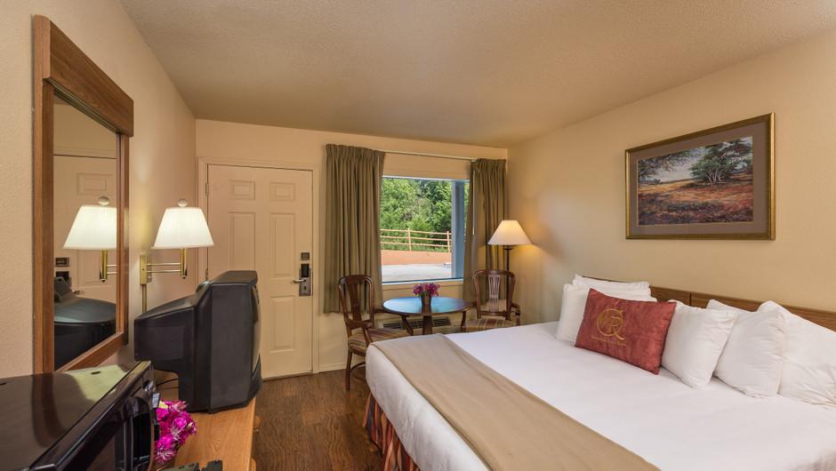 Traditional King Guestroom   Westgate Branson Woods Resort   Westgate Resorts