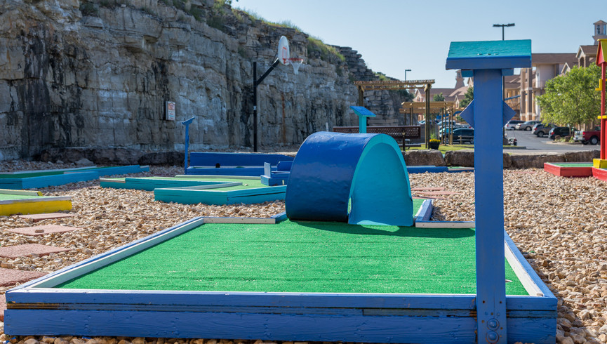 Mini golf at our family resorts in Missouri | Westgate Branson Lakes Resort | Westgate Resorts