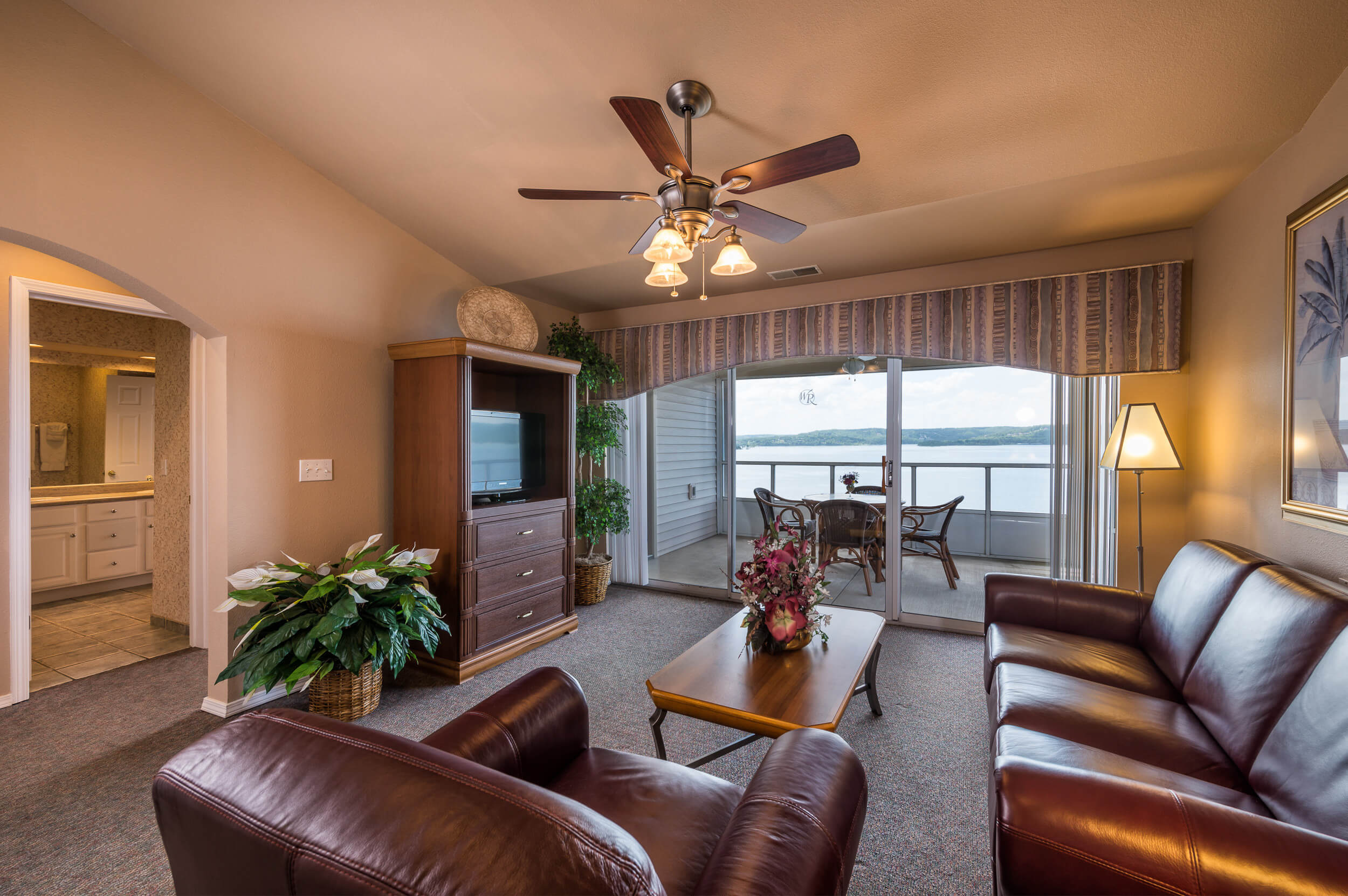 One-Bedroom Lake View Deluxe Villa at our lake resorts in Missouri | Westgate Branson Lakes Resort | Westgate Resorts in Missouri