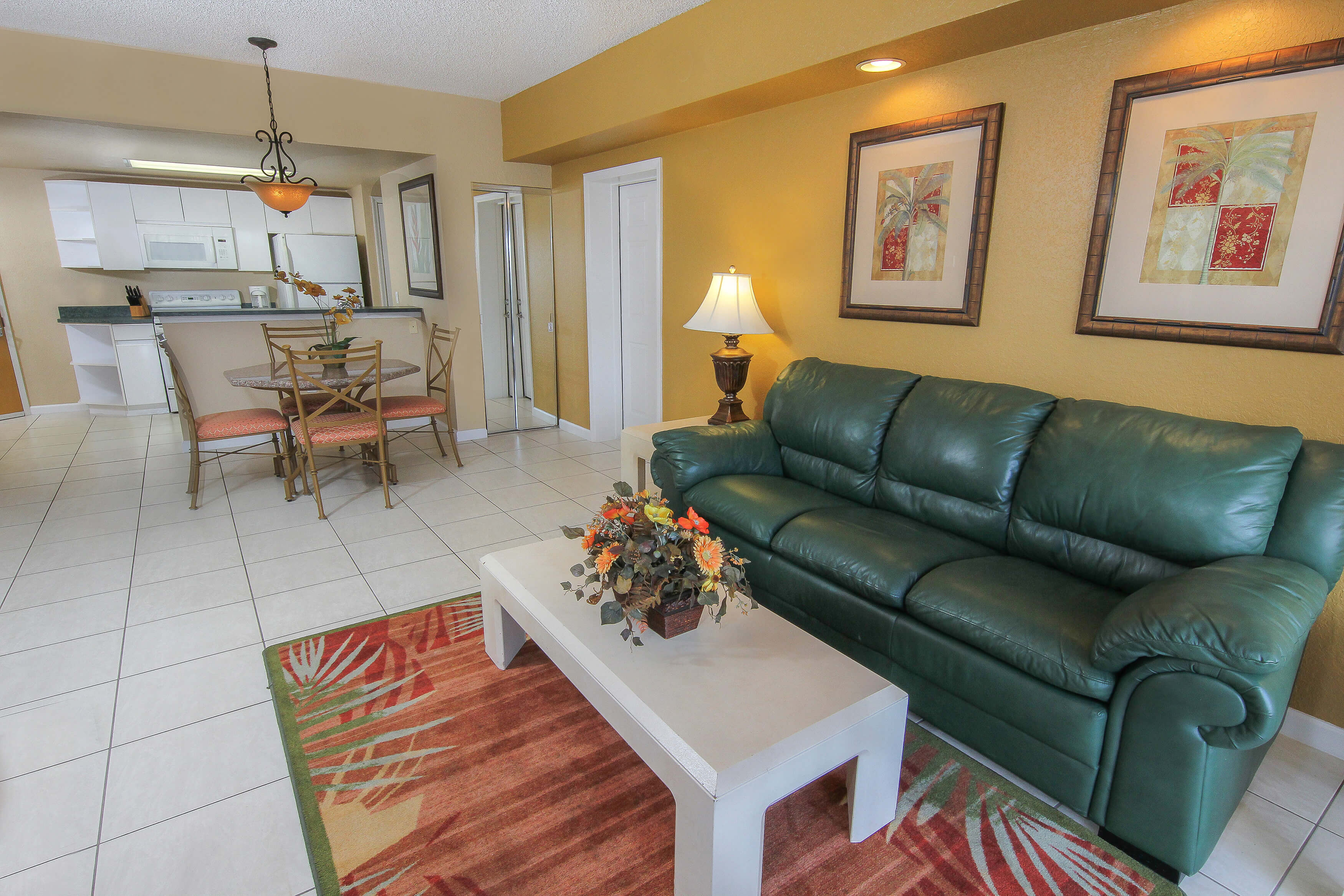 One Bedroom Villas at our hotel villas in Orlando Florida | Westgate Towers Resort | Westgate Resorts