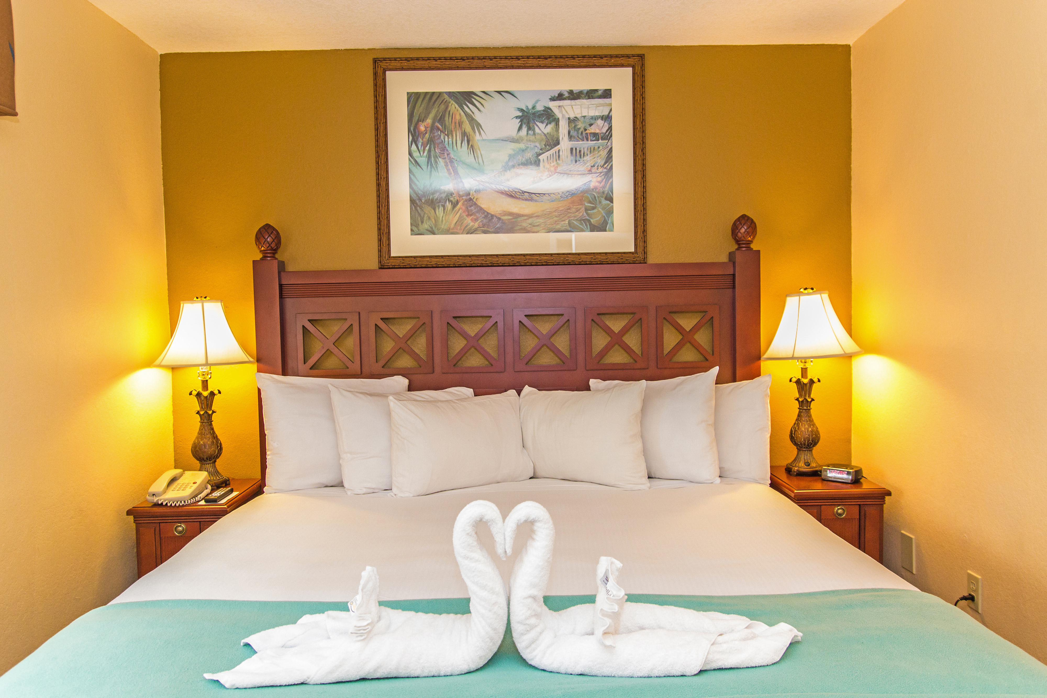 King Bed in One-Bedroom Villa | Westgate Leisure Resort | Westgate Resorts close to Seaworld Orlando FL