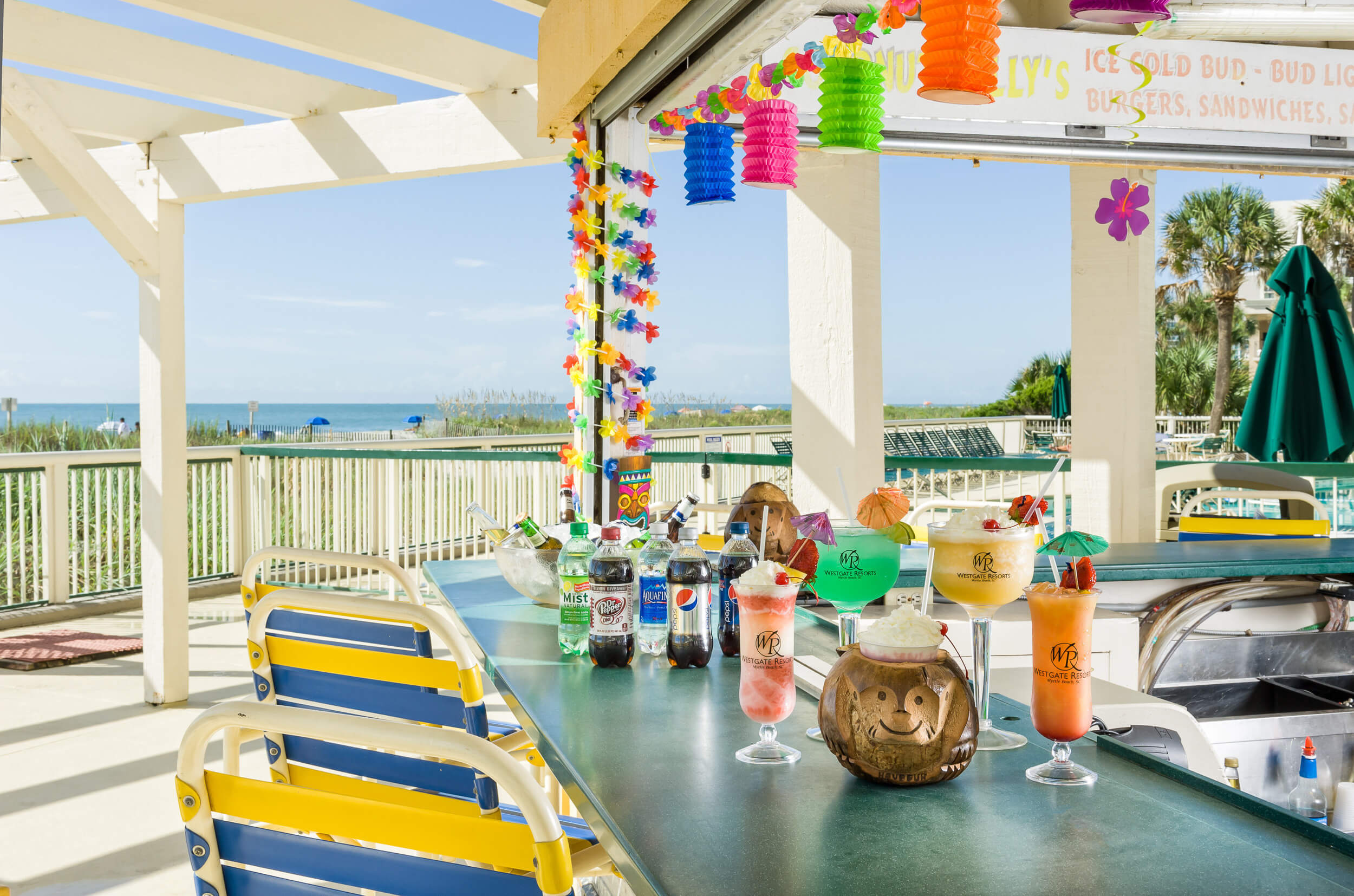 Coconut Willy's Pool Bar | Myrtle Beach Beach Bars | Westgate Myrtle Beach Oceanfront Resort