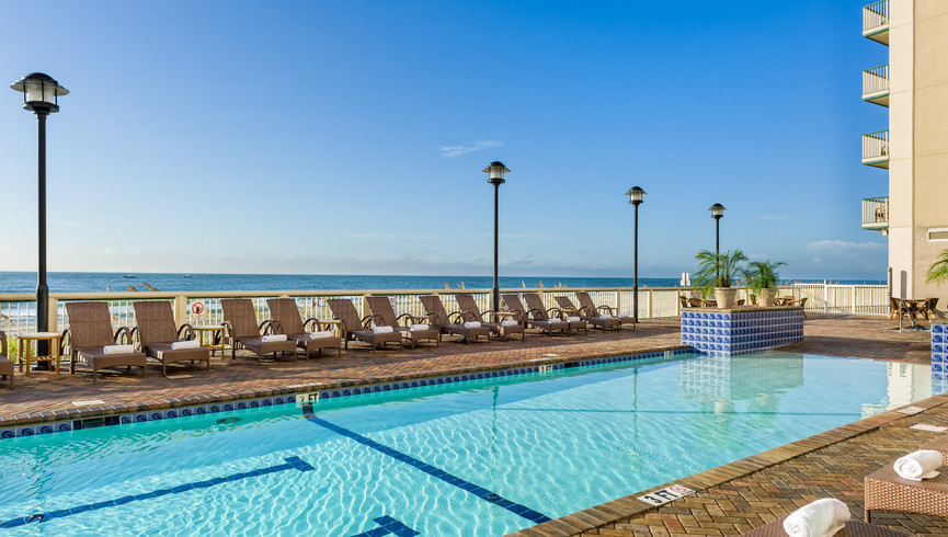 Enjoy outstanding beach access, heated outdoor pool, heated lazy river, children's water play area, oceanfront lap pool and hot tub on your Myrtle Beach SC vacation getaway | Westgate Myrtle Beach Oceanfront Resort