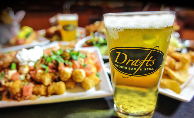 Drafts Sports Bar in Orlando, FL |  Westgate Lakes Resort & Spa | Westgate Resorts