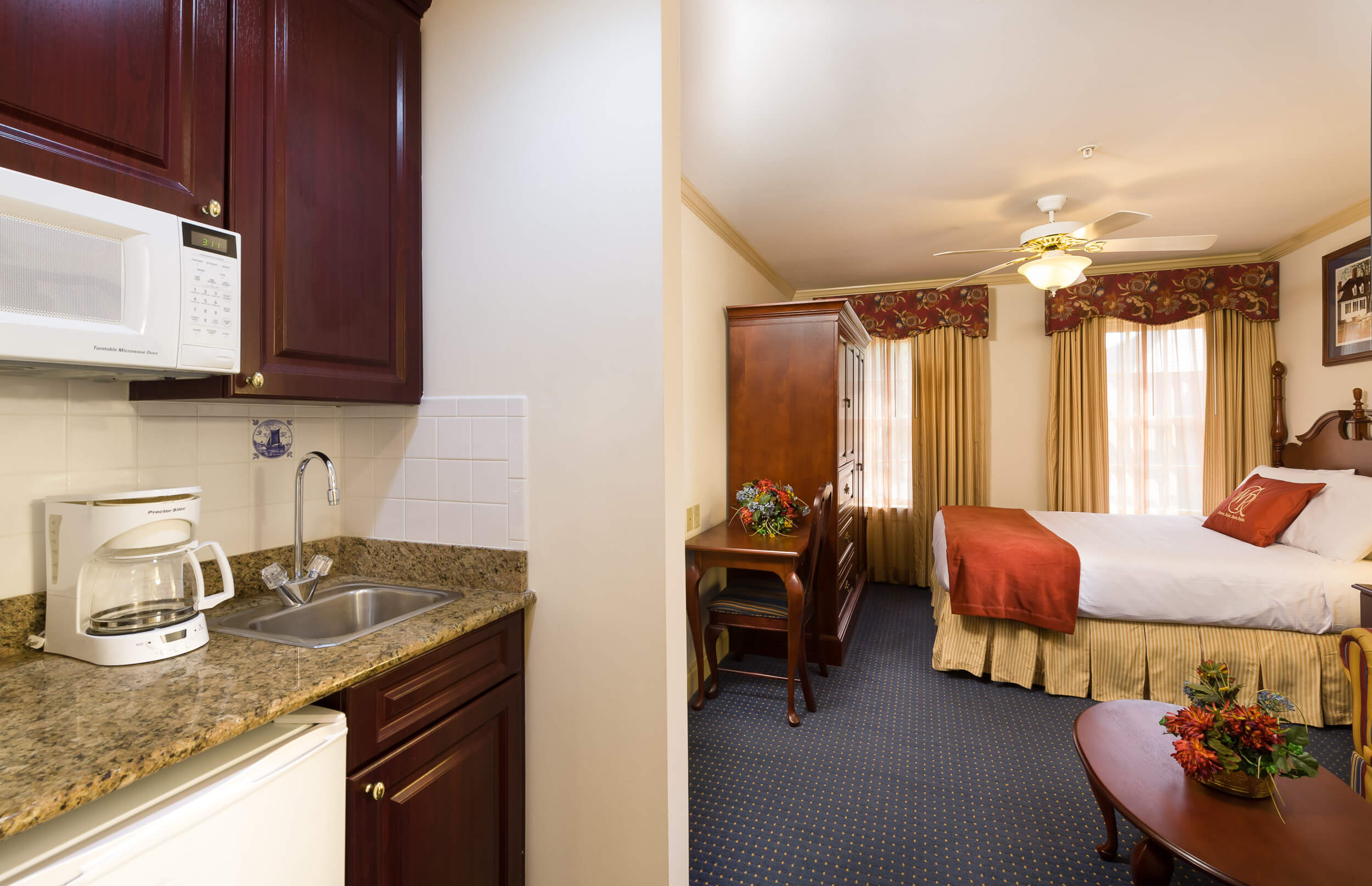 Studio with king bed and mini refrigerator | Westgate Historic Williamsburg Resort
