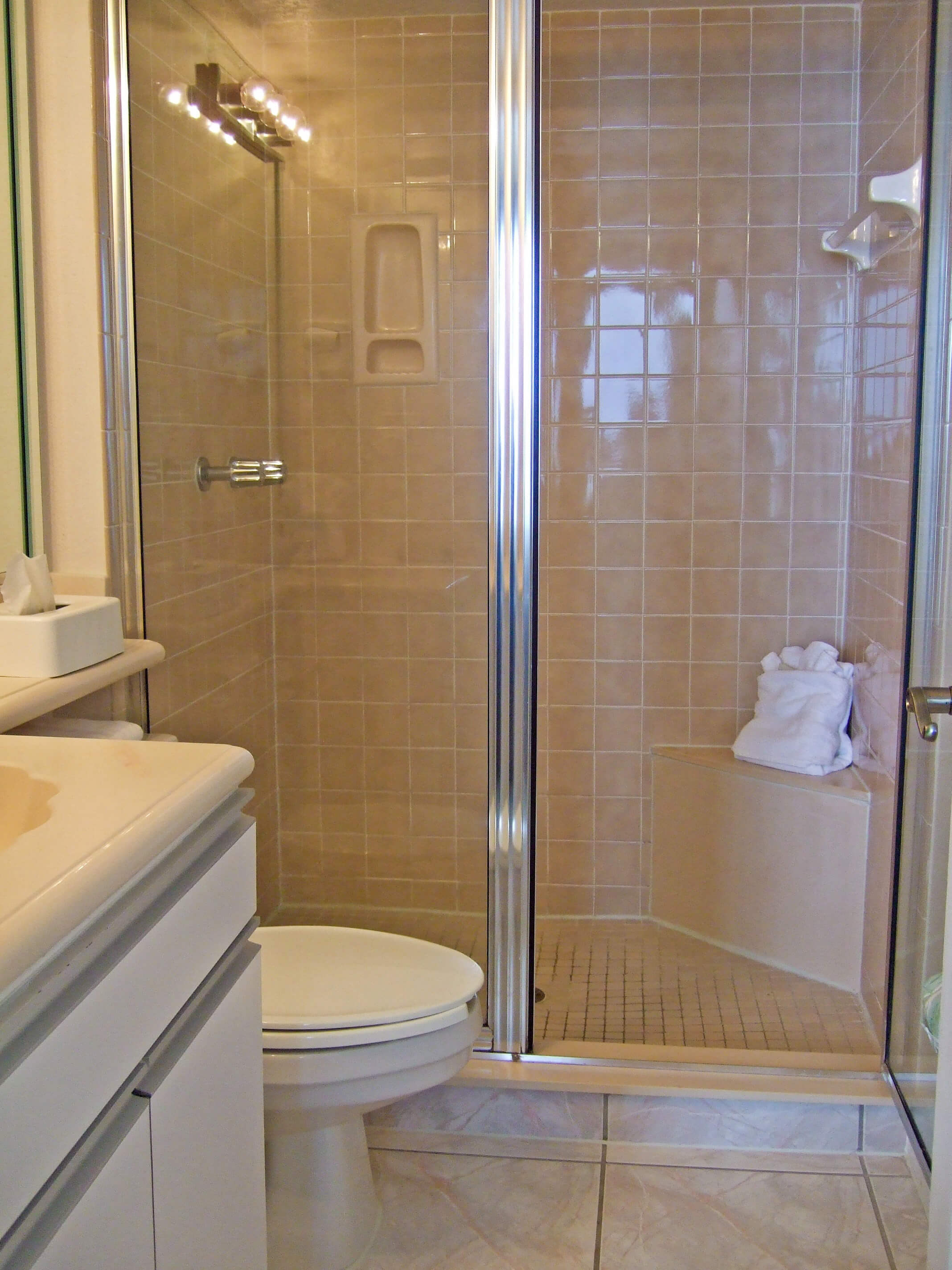 Shower at our Daytona Beach resorts | Harbour Beach Resort | Westgate Resorts